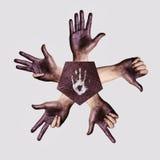 Menschliche Hände, die Finger zeigen lizenzfreies stockbild