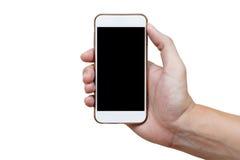 Menschliche Hand, die weißes Telefon auf dem schwarzen Schirm lokalisiert mit Cl hält Stockfotografie