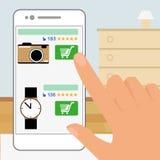 Menschliche Hand hält Smartphone und tut online Lizenzfreies Stockfoto