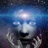 Menschliches Gesicht mit den Händen und Raum Stockfoto