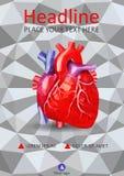 Menschliches Herz in niedrig Poly auf geometrischem Hintergrund der Beschaffenheit 3d cove Stockbilder