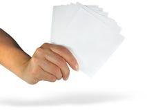 Menselijke damehand die leeg document toont vector illustratie