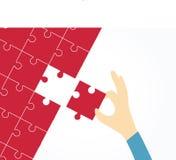 Menselijke hand die geheel raadsel met laatste stuk voltooien Vectorillustratie voor bedrijfsontwerp en infographic vector illustratie