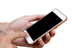 Menselijke hand die witte telefoon op het zwarte die scherm houden met cl wordt geïsoleerd Stock Afbeeldingen