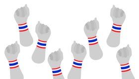 Menselijke Handen Dichtgeklemde Vuist met Thaise Manchet Royalty-vrije Stock Afbeelding