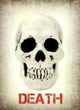 Menselijke schedel met de Dood van de steekproeftekst Stock Fotografie