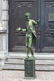 Menselijke Straatuitvoerder in Brugge Stock Foto