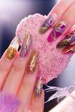 Menselijke vingers met lange vingernagel Royalty-vrije Stock Foto's