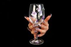 Menselijke vingers met lange vingernagel en mooi m Royalty-vrije Stock Foto's
