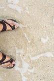 Menselijke voeten en overzees Royalty-vrije Stock Foto