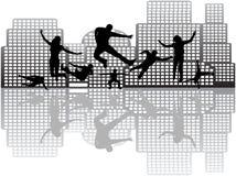 Mensen in actie en gebouwen vector illustratie