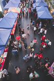 Mensen bij de bazaar Royalty-vrije Stock Foto's