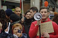 Mensen bij een demonstratie in naam van openbare pensioenen 39 royalty-vrije stock afbeelding