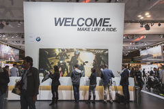 Mensen bij EICMA 2014 in Milaan, Italië Royalty-vrije Stock Foto