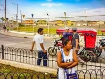 Mensen bij Straat, Guayaquil, Ecuador Stock Afbeelding