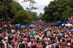 Mensen in de straten van Rio de Janeiro tijdens Carnaval Stock Afbeeldingen