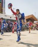 Mensen die aan de Nationale Dag van Bolivië in Expo 2015 in M deelnemen Royalty-vrije Stock Afbeeldingen