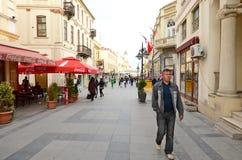 Mensen die in Bitola rondwandelen Royalty-vrije Stock Afbeelding