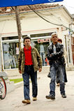 Mensen die in Bitola rondwandelen Stock Afbeeldingen