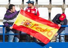 Mensen die de opleiding van Formule 1, 2013 zien royalty-vrije stock foto