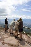 Mensen die het panorama bekijken Royalty-vrije Stock Fotografie