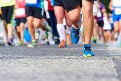 Mensen die marathon in werking stellen royalty-vrije stock fotografie