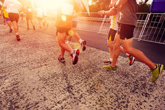 Mensen die marathon in werking stellen Royalty-vrije Stock Foto's
