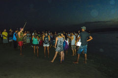 Mensen die op Capoiera letten bij Jericoacoara-Strand royalty-vrije stock afbeelding