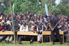 Mensen die op de ceremonie van Kwita aanwezig zijn Izina Royalty-vrije Stock Foto's