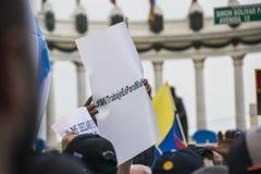 Mensen die tegen de Overheid van Ecuador protesteren Royalty-vrije Stock Foto's
