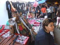 Mensen in een markt in Bangkok, Thailand. Royalty-vrije Stock Afbeelding