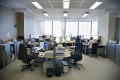 Mensen in het bureau Stock Foto's