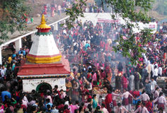 Mensen in Matatirtha in Moederdag Royalty-vrije Stock Foto
