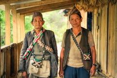 Mensen met zakken in Nepal Royalty-vrije Stock Foto