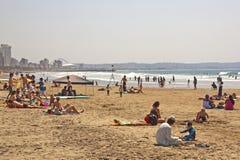 Mensen op Addington-Strand in Durban Zuid-Afrika Stock Foto