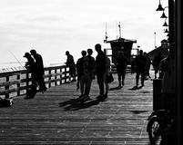 Mensen op de Pijler in Californië Stock Afbeelding