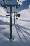 Mensen op een skilift Stock Afbeelding