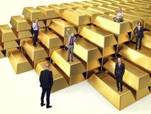 Mensen op goud Stock Afbeeldingen