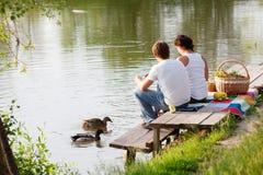 Mensen op picknick Stock Foto