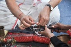 Mensen Perfoming A Indische Retuals Royalty-vrije Stock Fotografie