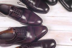 Mensen` s schoenen op witte achtergrond Royalty-vrije Stock Afbeeldingen