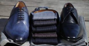 Mensen` s sokken met schoenen royalty-vrije stock fotografie