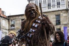 Mensen in Star Wars-kostuums worden vermomd dat Stock Fotografie