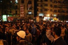 Mensen in tahrir tijdens Egyptische revolutie Stock Afbeelding