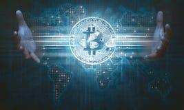 Mensenhanden die bitcoin pictogram op het virtuele scherm tonen Stock Afbeeldingen