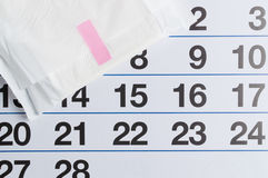 Menstrual kalendarz z tamponami i ochraniaczami Miesiączka czas Higiena i ochrona zdjęcia stock
