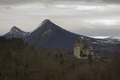 Menthon helgon Bernard Castle nära Annecy, Frankrike Arkivbilder