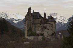 Menthon helgon Bernard Castle nära Annecy, Frankrike Royaltyfri Foto