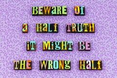 Mentira de la verdad hablar la prensa de copiar falsa de la historia imagen de archivo