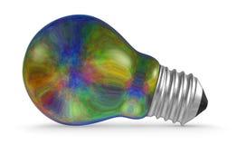 Mentira iridiscente multicolora de la bombilla aislada en blanco Imagen de archivo